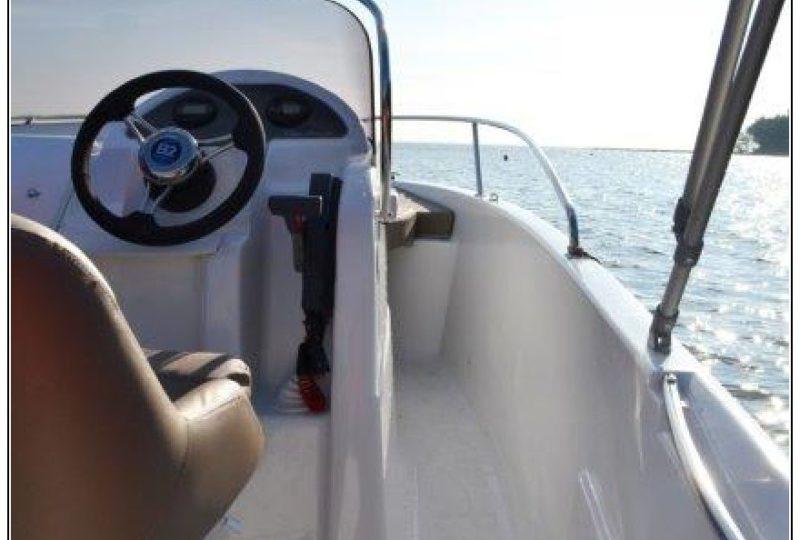 B2 Marine 572 open Bretagne nautisme_3